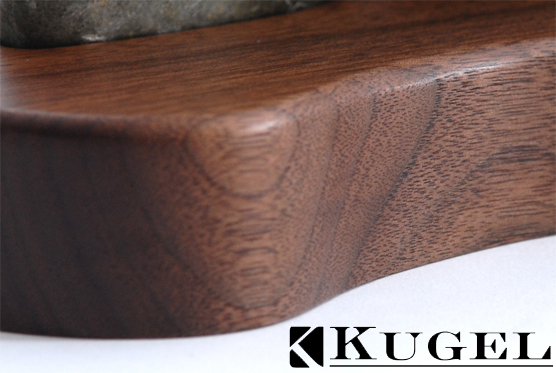 walnut_stand_front_closeup